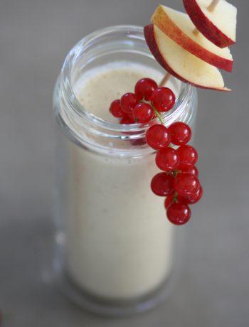 Kindersmoothie-Pfirsich-Apfel-Smoothie-glutenfrei frühstücken mit Kindern und der Familie