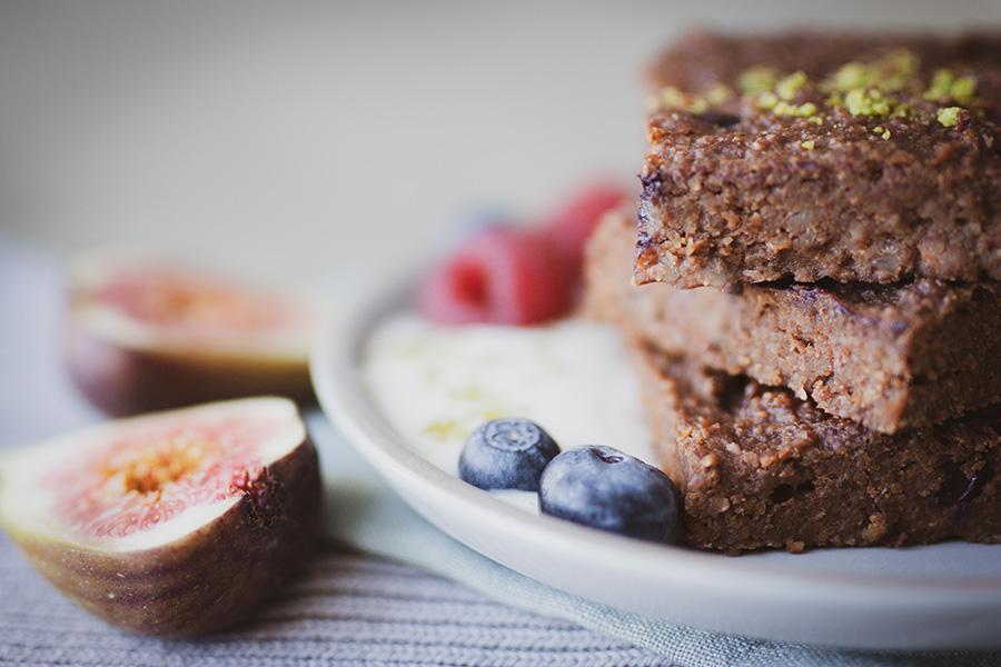 Süßkartoffel-Brownie – Gesund Naschen ohne raffinierten Zucker und glutenfrei - Sandra Ludes