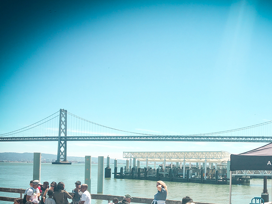 Oakland Bridge San Francisco – Markt am Ferry Building